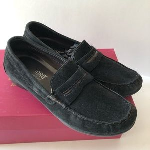 Munro black Ramie suede loafers good used cond.